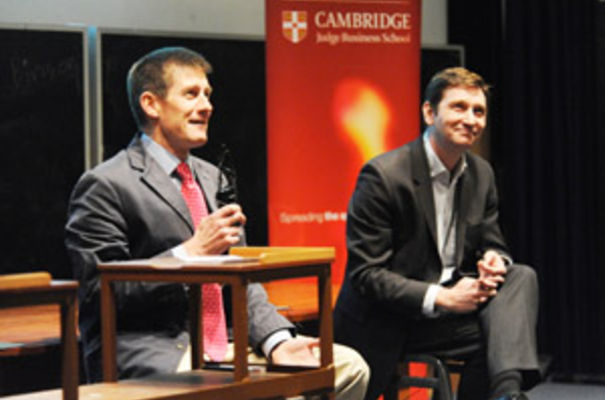 Dr Shaun Fitzgerald, co‐founder and MDirector of Breathing Buildings (left) with a Dr Will West, founder and CEO of CellCentric
