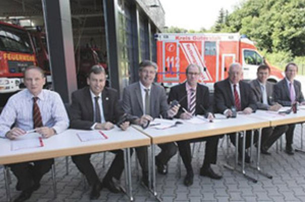Jürgen Heußner, Selectric (third from right) joins the senior members of the East Westphalia-Lippe purchasing co-operative