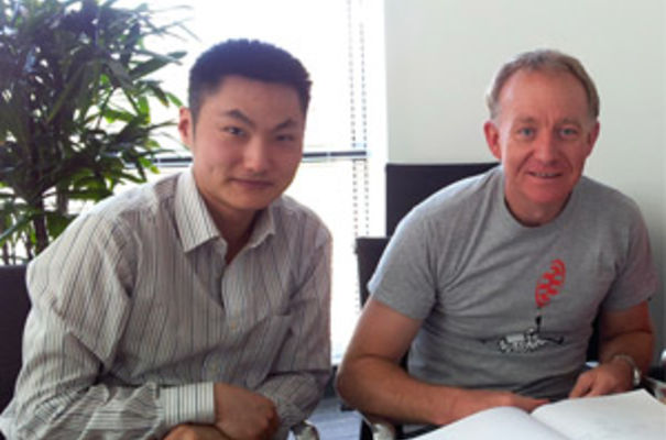Dr Yichen Shi with Dr Jonathan Milner