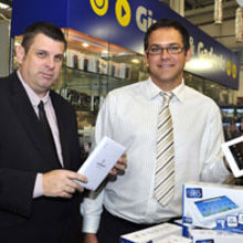 Andrew Kerry (right) and Mark Ferdani with the 'Andy Pad'