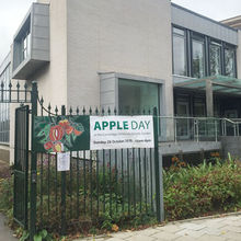 Apple 90 Hills Road Cambridge