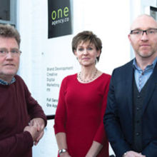Clive Bennett and Lesley Bennett with oneagency.co managing director Mark Littlewood